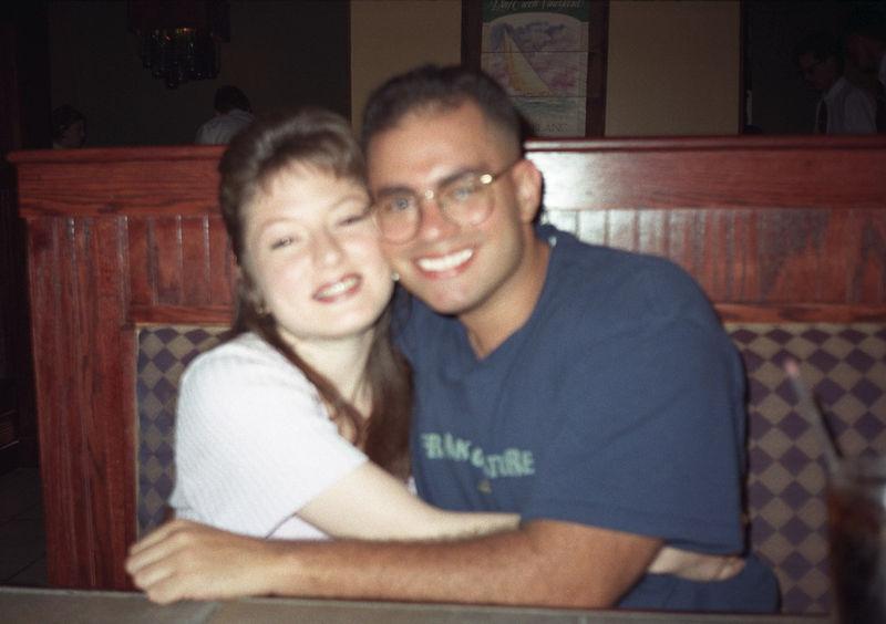 1997 04 27 - Melting Pot w_Michele and Lisa 05.jpg