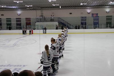 Women's U.S. hockey team visits Andover