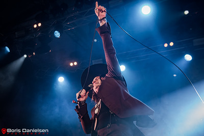 Rival Sons.