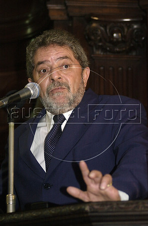 A- Luiz Inacio Lula da Silva