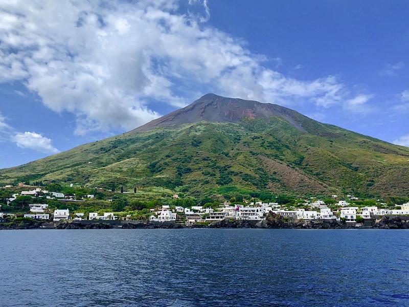 Sicily.Stromboli.017.jpg