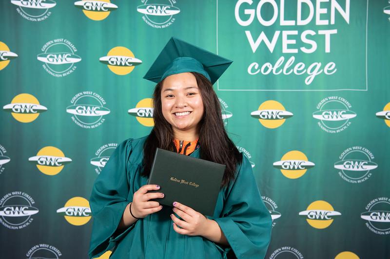 Graduation-Fest-2019-5739.jpg