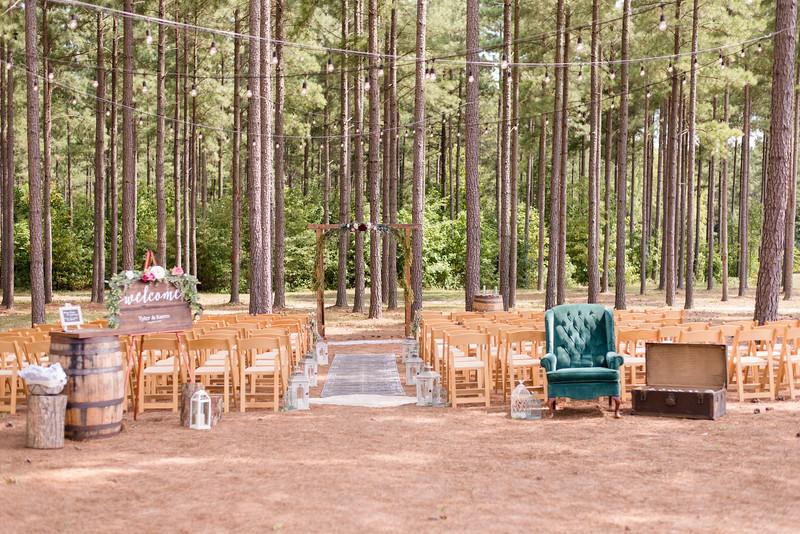 Lachniet-MARRIED-a-Pre-Ceremony-0204.jpg