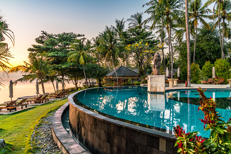 Spectacular pool at Siddhartha during sunset.