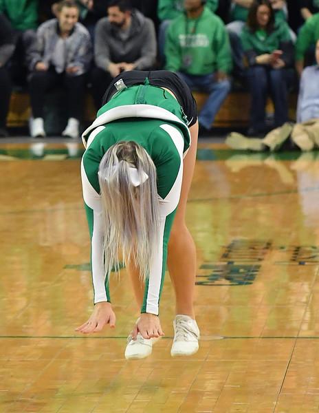 cheerleaders1081.jpg