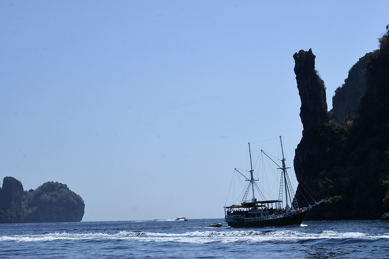 _DG17514-12R Phi Phi Island.JPG