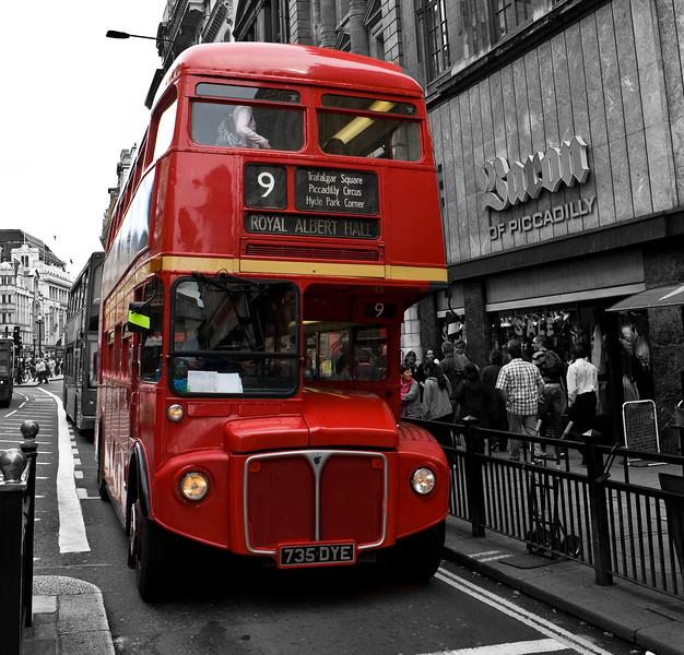 Svinging London L.jpg