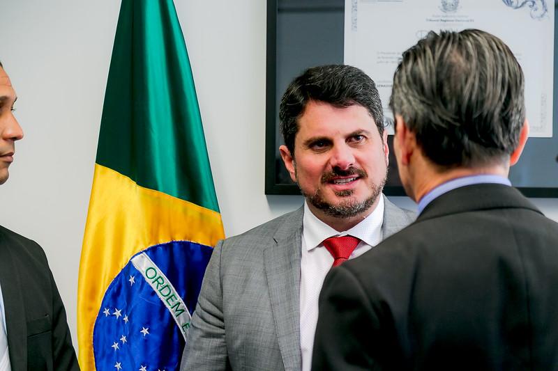 110719 - Gabinete - Policiais - Senador Marcos do Val_1.jpg