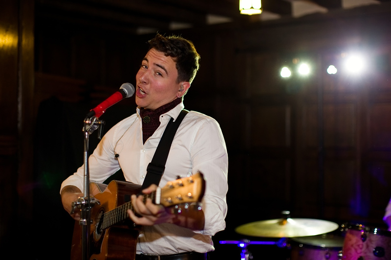 wedding-photographer-band-guitar-prioryhall-suffolk-(77).jpg