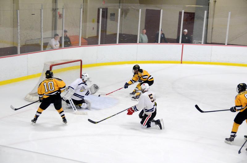 141004 Jr. Bruins vs. Boston Bulldogs-018.JPG