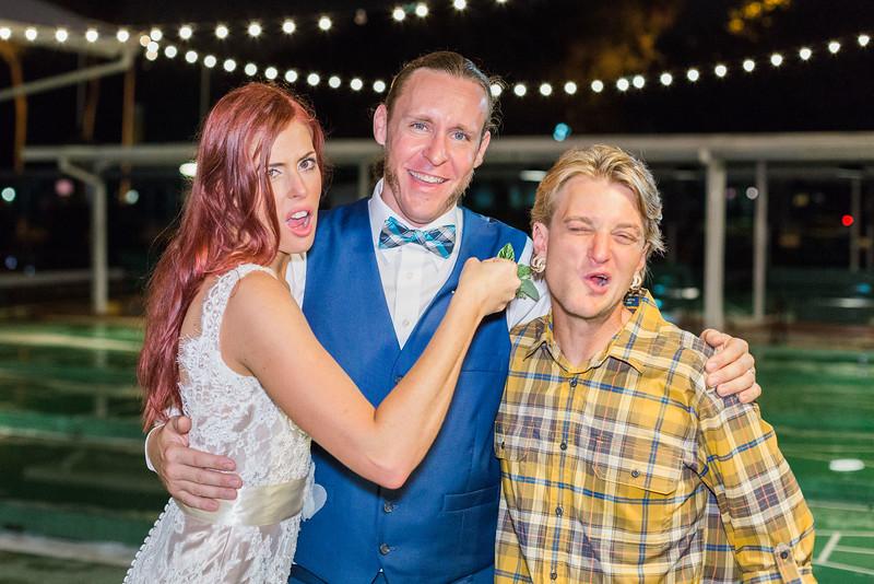 ELP1015 Tara &Phill St Pete Shuffleboard Club wedding reception 523.jpg