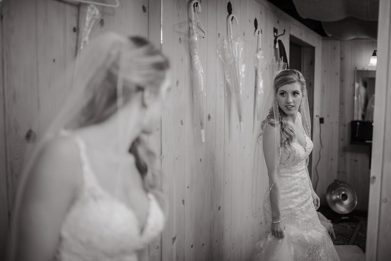 Seattle Wedding Photographer-670.jpg