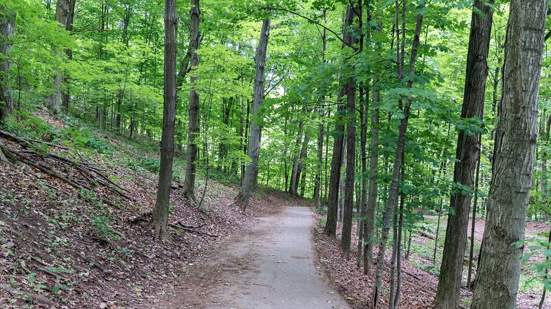 Ontario-Oakville-Sixteen-Mile-Creek-Trail30.jpg