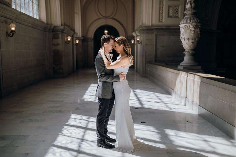 2018-10-04_ROEDER_EdMeredith_SFcityhall_Wedding_CARD1_0138.jpg