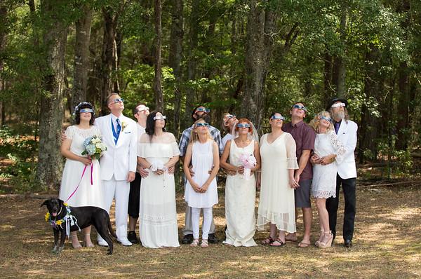 Blue Jar Barn Eclipse Wedding