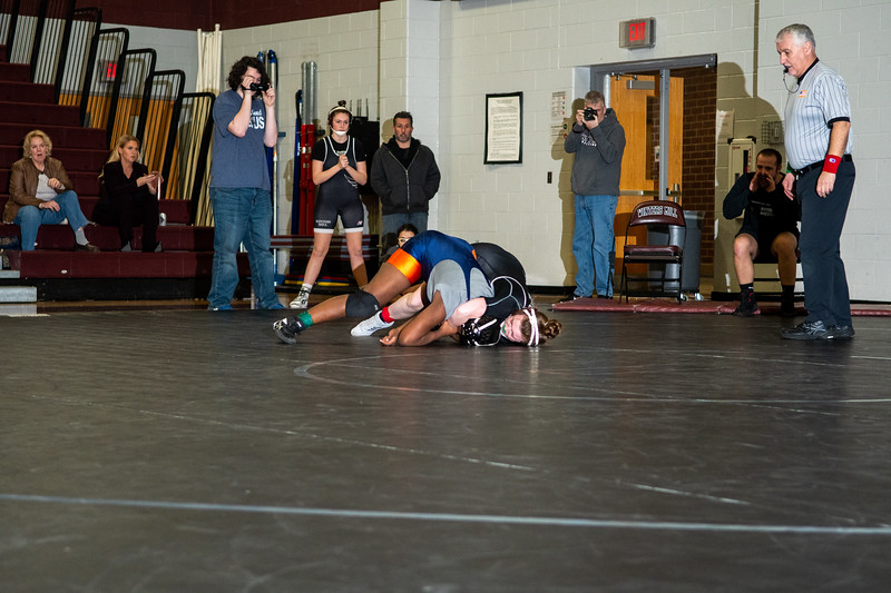 Girls Wrestling 1_21_20-194.jpg
