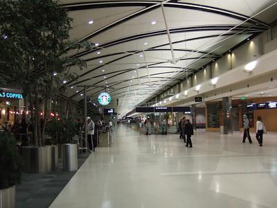 2008.03.20 Detroit Airport