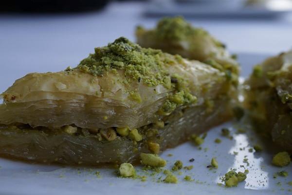 anatolia-bar--grill---bakla_med.jpg