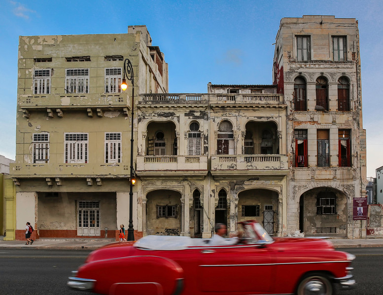 Classic Cars on the Havana Malecon 10