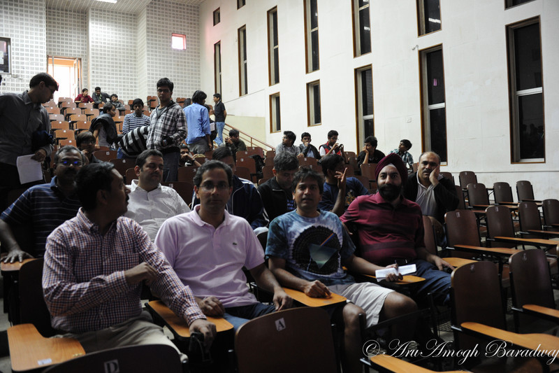 2012-01-22_BizQuiz@VikramShila&Snacks@HarrysIITKGP_001.jpg