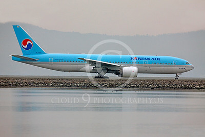 Korean Airline Boeing 777 Airliner Pictures