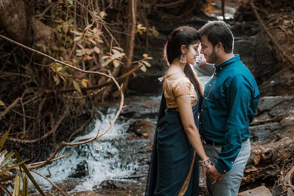 Ashish & Sarika