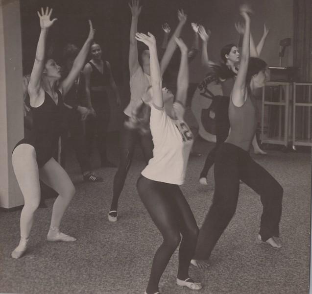 Dance_2369.jpg