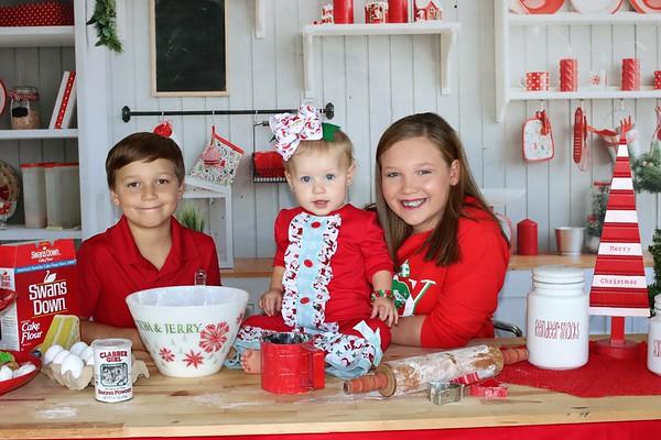 Anzlee, Ayden, and Avalynn   Christmas 2020