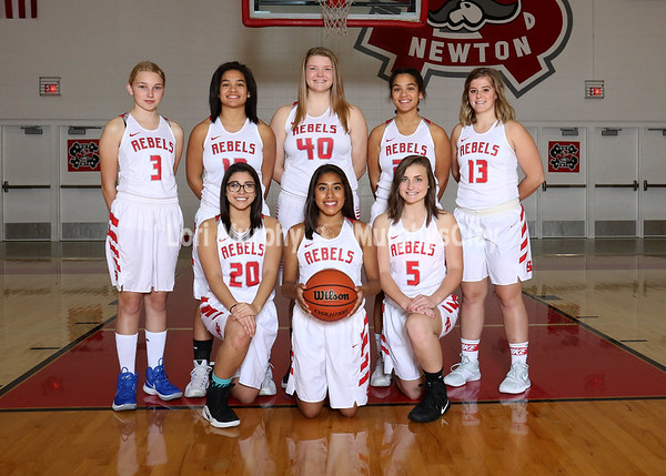 SNHS Girls Basketball Team 2017