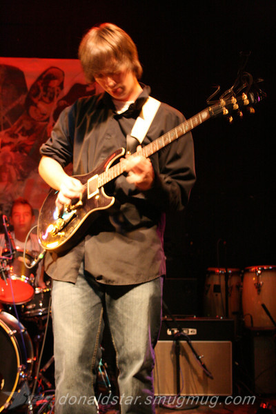 Paden Mullins Guitar at the 8 by 10 baltimore 2007 037.JPG