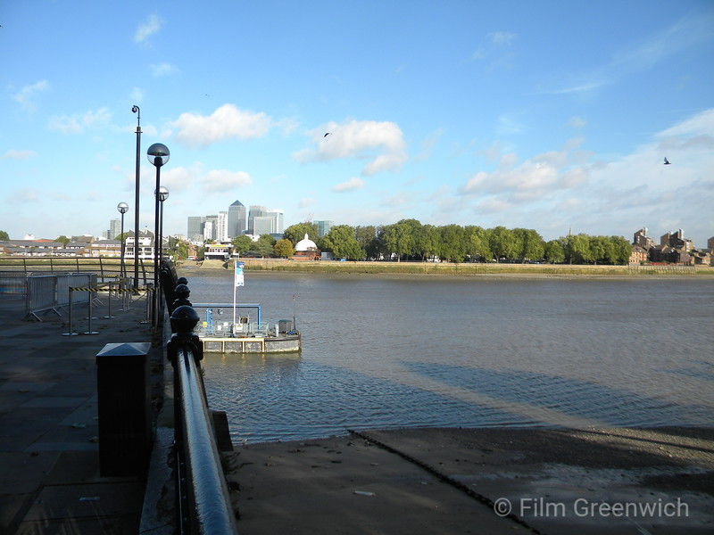 Views from Thames Path - West Greenwich