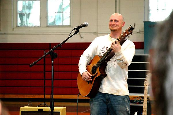 Christian Walker In Concert