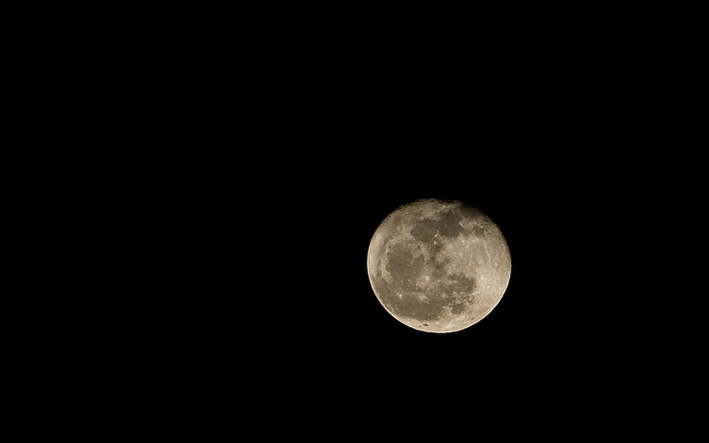 almost_moon.jpg