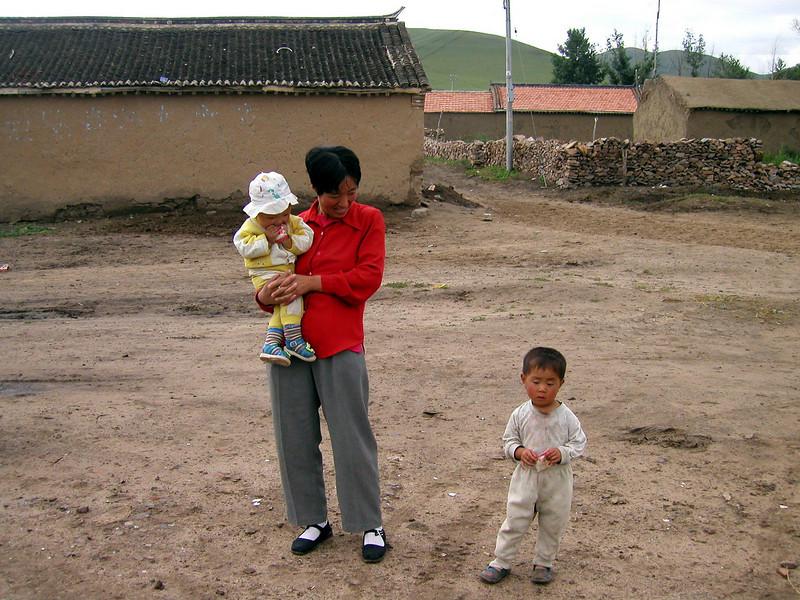 Inner Mongolia 2002, A very happy Mom