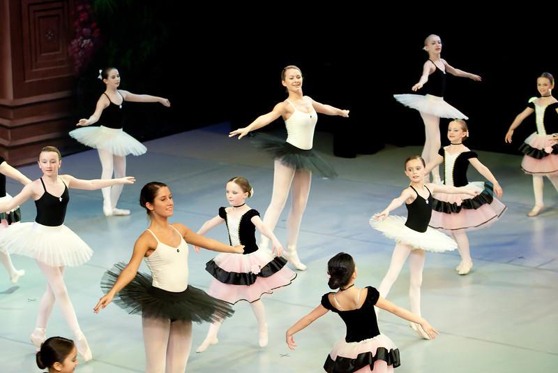 dance_052011_295.jpg
