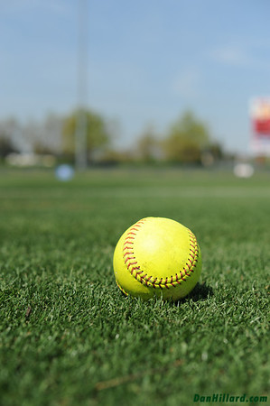 Womens/Girls Softball