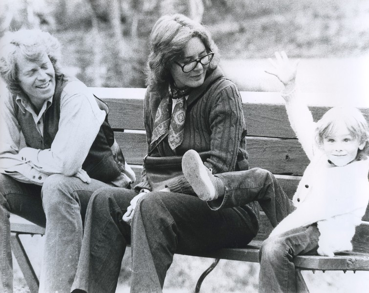1970s? - Cute kid on bench.jpeg