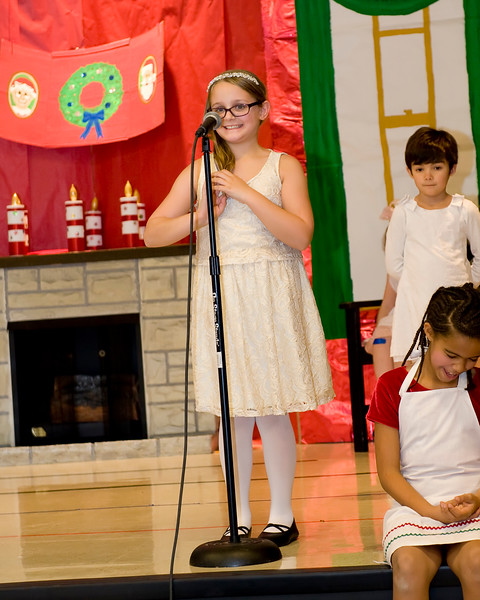 05 Brielle's Play Dec 2015 - Brielle.jpg