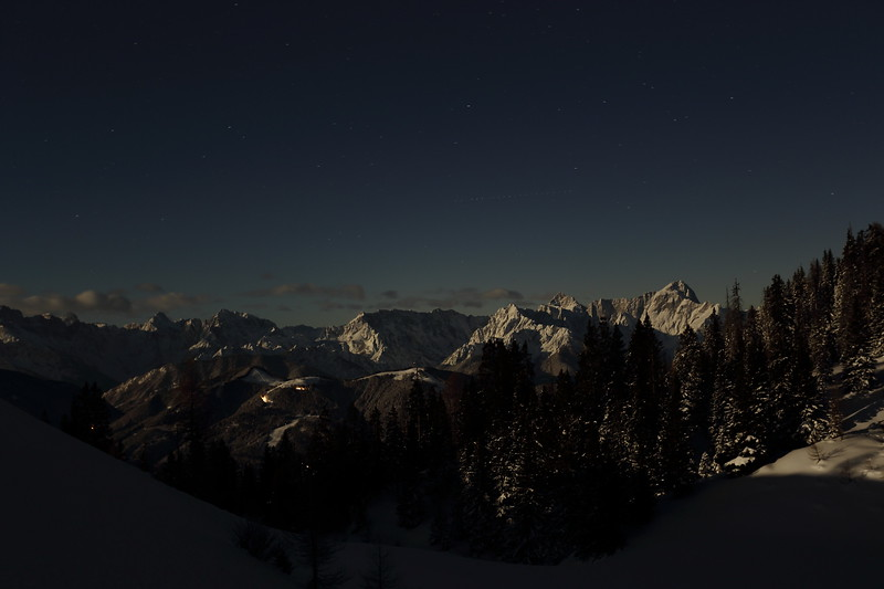_Y4A0819Vollmond Dobratsch 02.01.2018Vollmond Dobratsch 02.01.2018.JPG