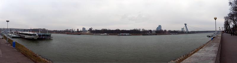 Donau, Bratislava