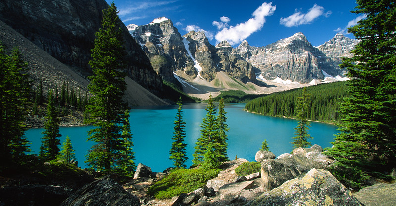 Moraine Lake and the Valley of the Ten Peaks, Banff National Park