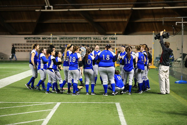 Finlandia University Lions Softball 2013