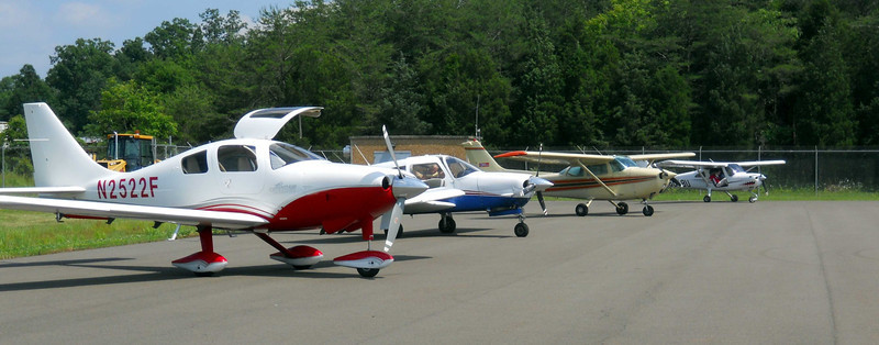 FlightLine1.jpg