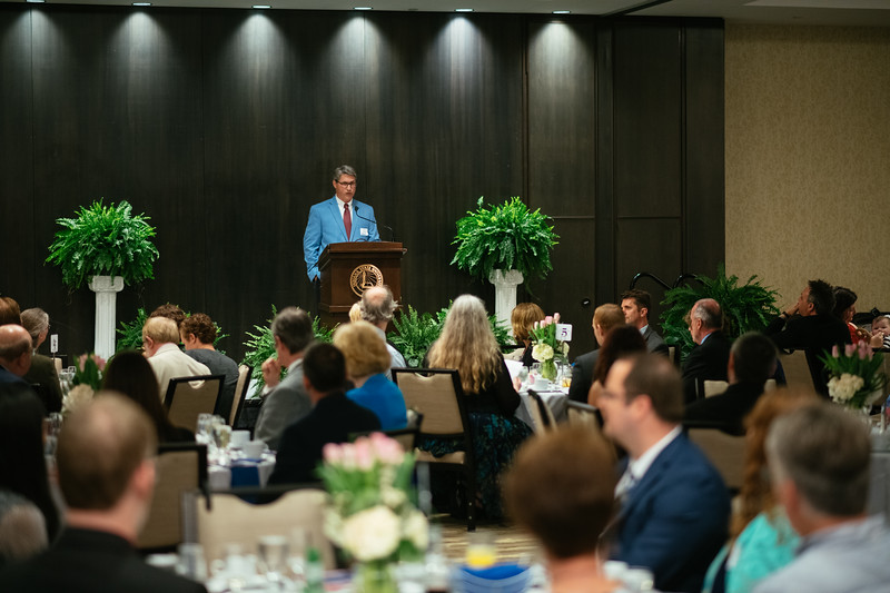 20190425_Faculty Awards-5636.jpg