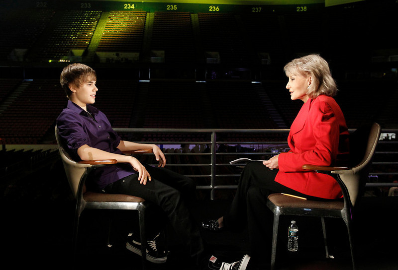 ". Barbara Walters, right, is shown with pop sensation Justin Bieber during an interview for ""Barbara Walters Presents: The 10 Most Fascinating People of 2010,\"" an hour-long ABC News special. (AP Photo/ABC, Lou Rocco)"