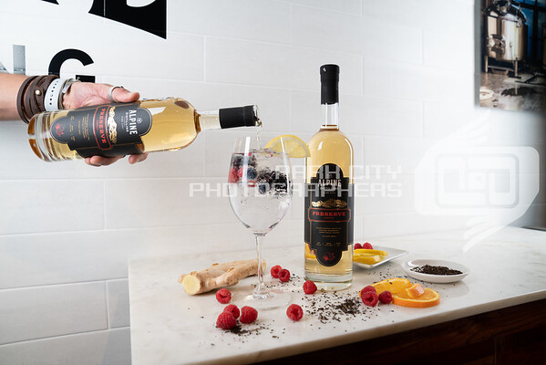 Wine glass - pour