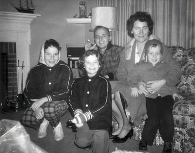 042a Hoover Family