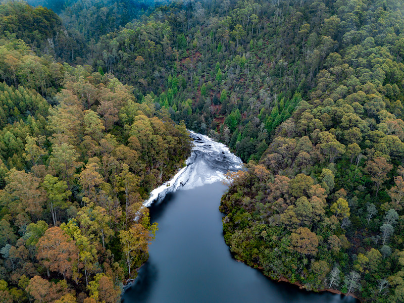Cradle-Mountain-JUL2019-Lake-Gairdner-Drone-2.jpg