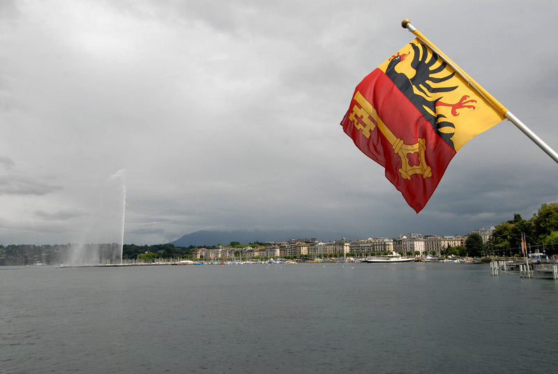 070626 7407 Switzerland - Geneva - Downtown Hiking Nyon David _E _L ~E ~L.JPG
