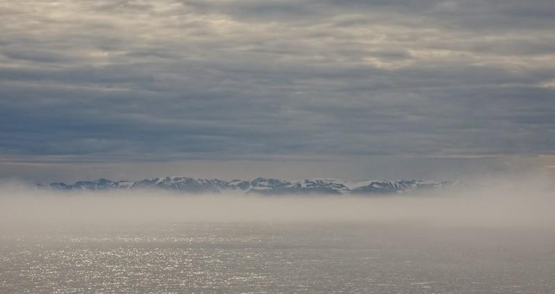 scenic cruising Liefdefd fjord .jpg